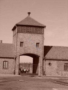 1_Porte d'entrée de Birkenau